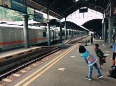 Merayakan HUT KAI Tanpa Kehadiran Anak Usia Dini di Dalam Kereta Api
