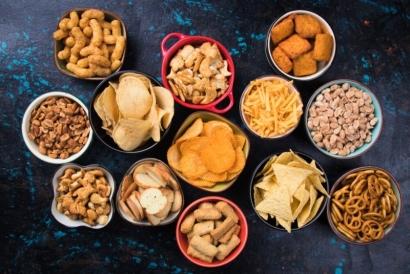 Snacking Economy, Solusi Ekonomi Rakyat di Era Pandemi