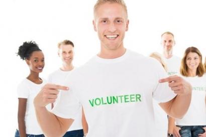 """Mengapa Pengalaman Jadi """"Volunteer"""" Berdampak Besar pada Karier?"""