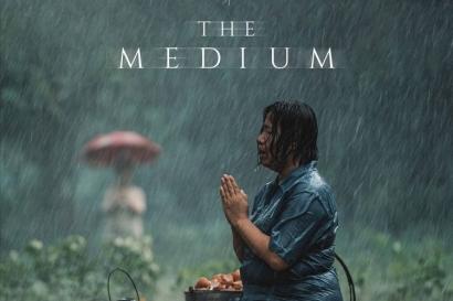 "Review Film ""The Medium"", Sebuah Tradisi Membawa Malapetaka dalam Keluarga"