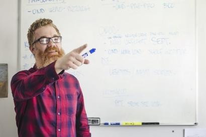 Mencintai Peran Guru melalui Kritikan, Salahkah?