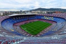 Rasanya Nonton Sepak Bola di Camp Nou