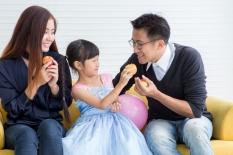 Pentingnya Membangun Koneksi Emosional dengan Anak