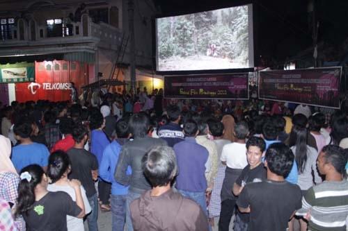 Festival Film Purbalingga Merangkai Festival Jajan Pasar