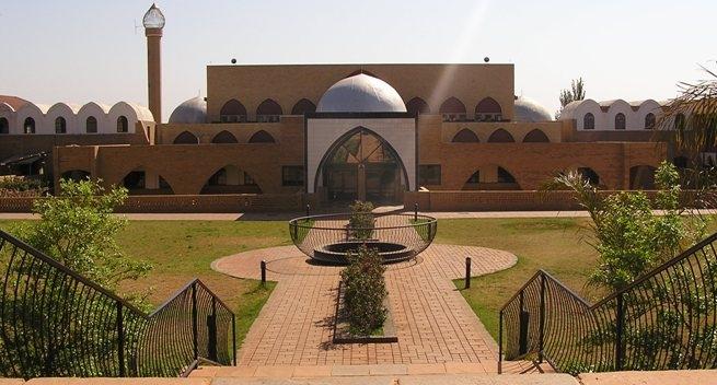 Sekilas Tentang Madrasah Darul Ulum Zakariyya, Pesantrennya Almarhum Zainal Nurizky
