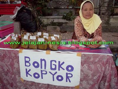 Bongko Kopyor yang Unik dan Khas Gresik