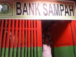 DKI Kembangkan Bank Sampah