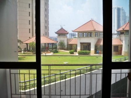 Pilih Tinggal di Apartemen walau Kecil atau 'Landed House' di Pinggiran Jakarta?
