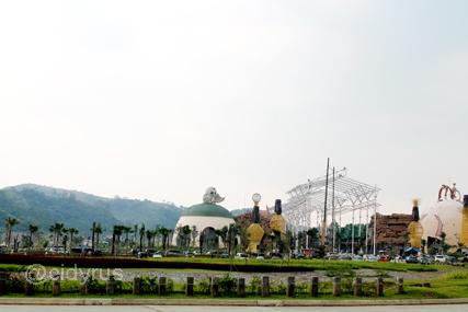JungLeLand Tempat Rekreasi Terbesar di Indonesia yang Bernuansa Alam