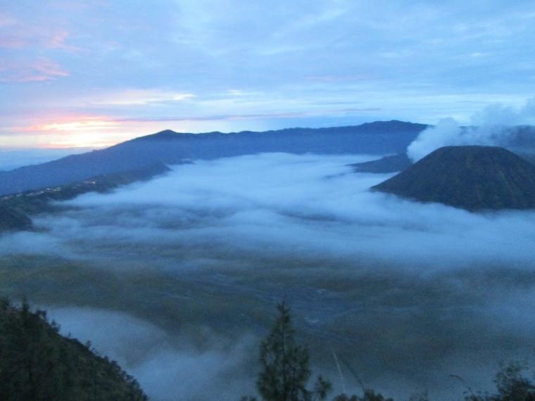 [Berbagi Pengalaman] Di Bromo, Semua Orang Bisa Mendaki Gunung Berapi