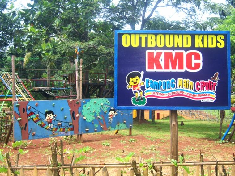 Rekreasi Murah di Kampung Main Cipulir (KMC)