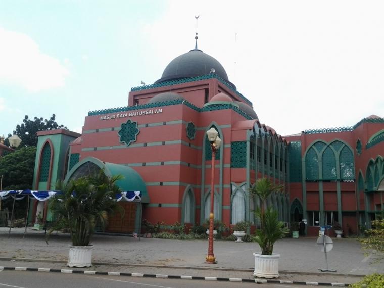 "Menelusuri ""Lorong Waktu"" di Masjid Raya Baitussalam"