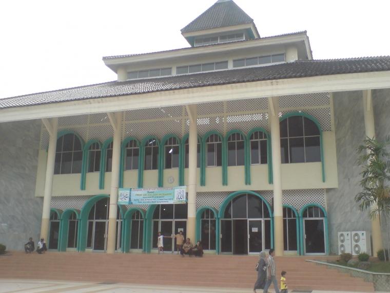 Menyibak Tabir Misteri Berdirinya Masjid Agung Karawang (Bagian II)