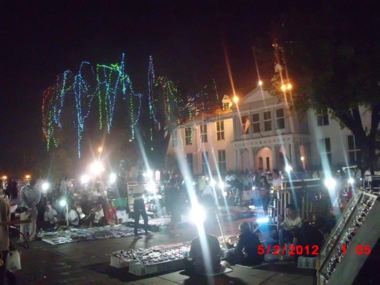 Menikmati Wisata Malam di Kawasan Kota Tua