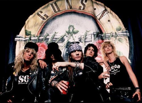 Guns N Roses Manggung di Jakarta. Apakah Masih Layak Ditonton?