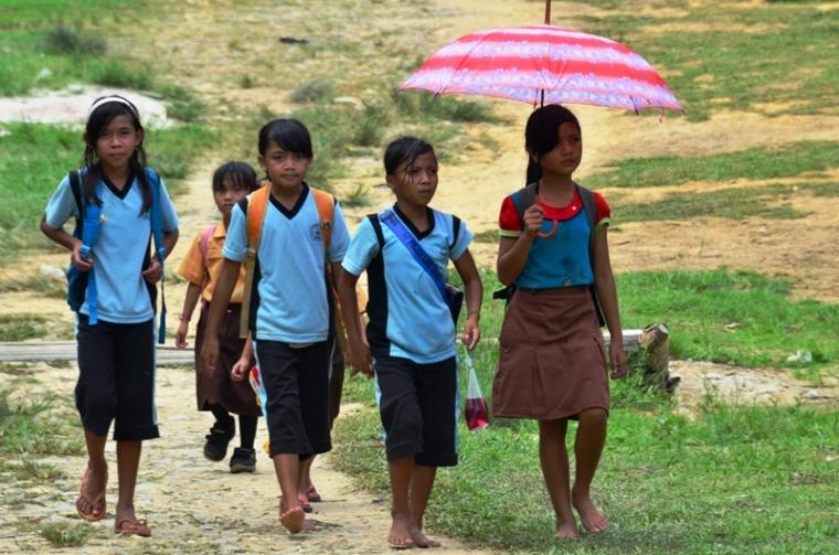 Anak Kampung Lebih Kreatif dan Bahagia dalam Hidup Dibandingkan Anak Kota