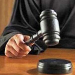 Menggugat  Pasal 43 ayat (1) UU No. 1 Tahun 1974: Kini Semua Anak Punya Hak