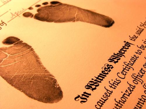 Mengurus Akte Kelahiran, Ribetnya Indonesia