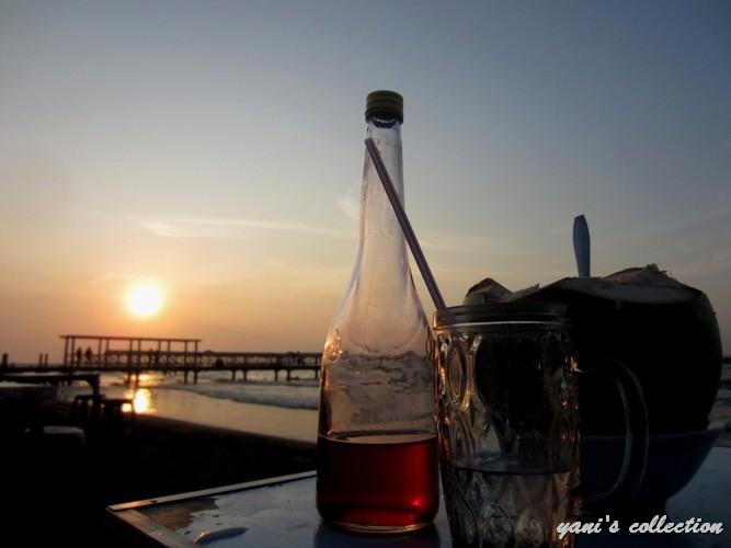 [WPC-16] Sudut Senja yang Indah di Pantai Tegal yang Biasa