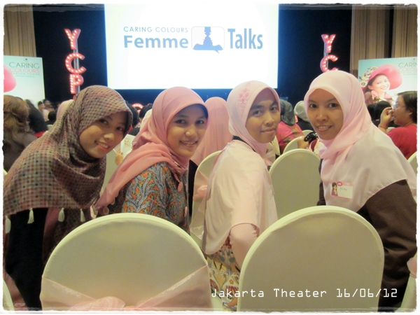 Inspirasi Dari Wanita-Wanita Hebat di YCPA 2012 Caring Colours