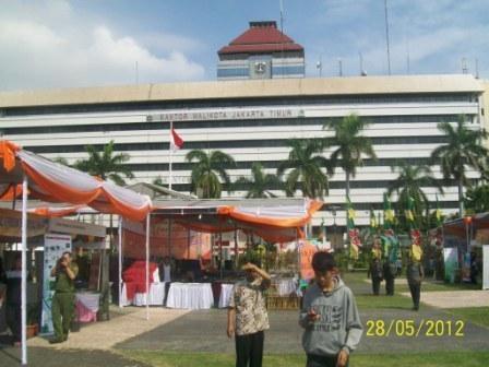 Lowongan Kerja dan Festival di Sentra Timur Fair 2012, Kantor Walikota Jakarta Timur