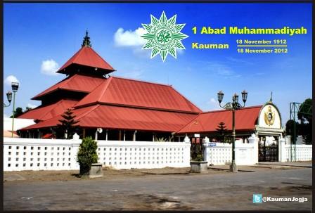 1 Abad Muhammadiyah Mencerahkan Bangsa