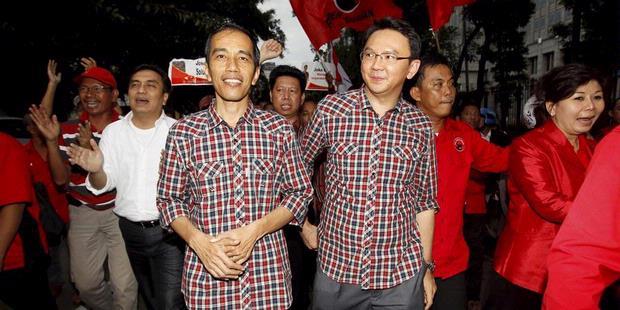 Jokowi-Ahok Sang Pemberani Tantang Foke-Nachrowi Sang Ahli