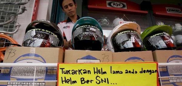 Helm SNI Palsu Perlu Ditertibkan