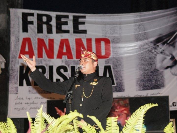 Parade Foto Doa Bersama dan Aksi Damai dari Bali: Bebaskan Anand Krishna (2)