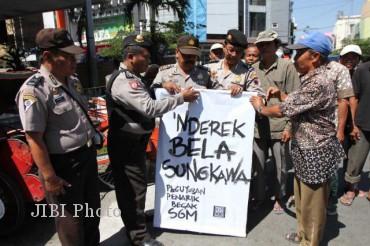 Tukang Becak di Solo lebih Elegant dan Bermartabat Daripada Gubernur Jakarta