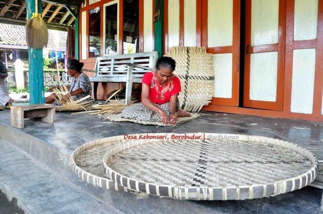 Menilik Kampung Pengrajin Bambu di Kebonsari