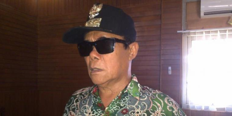 Ali BD, Bupati Nyentrik Dibalek Retribusi Poligami Lombok Timur