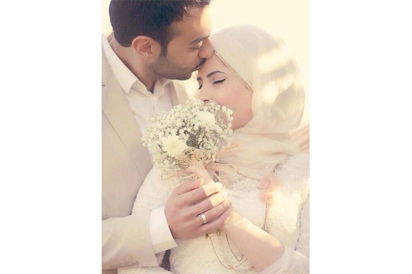 jangan biarkan perempuan lain menjadi sahabat istimewa suami anda