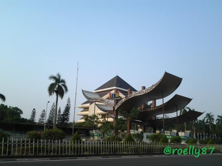 Kenapa Harus ke Taman Mini Indonesia Indah?
