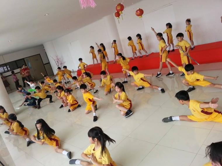 Kabaret Foo Hai Chan Temple Singapura Tampil di Jakarta untuk Galang Dana Kemanusiaan