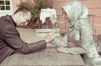 Membangun Kembali Kepercayaan kepada Pasangan oleh Cahyadi